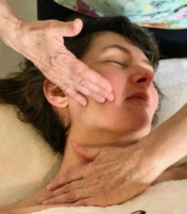 Massage Réflexologie Crânienne Faciale Japonaise